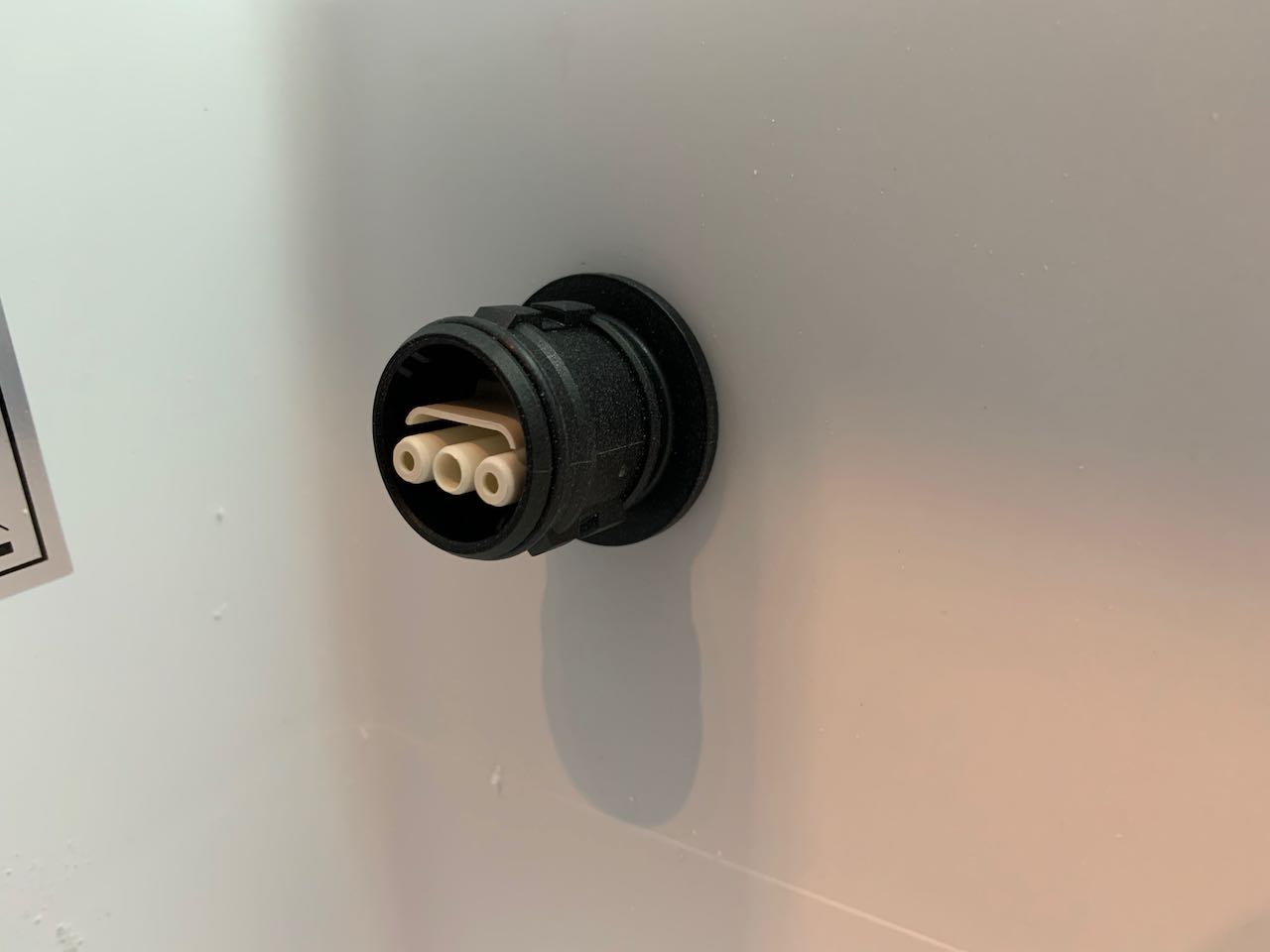 A photo showing the installed socket